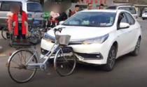 Điểm nóng tuần: Xem thánh Toyota mếu máo ra sao sau những va chạm đời thường