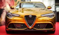 """Alfa Romeo Giulia Quadrifoglio """"mạ vàng"""" độc và lạ tại Ý"""