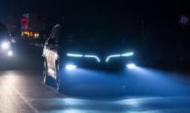 Xe VinFast chạy thử trong đêm để lộ hệ thống đèn LED ấn tượng