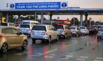 Đề xuất nghiêm cấm các phương tiện chưa dán thẻ đi vào các làn thu phí