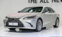 Lexus ES250 hoàn toàn mới giá từ 1,68 tỷ đến tay người dùng Malaysia