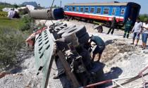 Sao ô tô đụng đầu tàu hỏa hoài vậy?