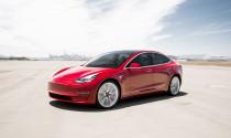 Tesla bị yêu cầu không nói quá độ an toàn của Model 3