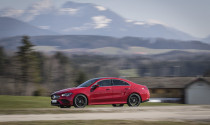 Mercedes-Benz tăng giá CLA 2020