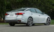 Triệu hồi hơn 1,2 triệu xe Nissan tại thị trường Mỹ vì lỗi camera lùi