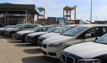 Ô tô Việt vừa ra đường đã lo cạnh tranh với Lào, Campuchia