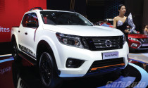 Navara Black Edition A-IV - Ngôi sao tại gian hàng Nissan ở VMS 2019