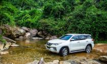 Suy giảm doanh số, Toyota hỗ trợ phí trước bạ cho khách hàng sắm xe đầu năm