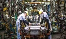 """Nguy cơ \""""sụp đổ\"""" của thị trường ô tô, hôm nay giá ô tô sẽ giảm?"""