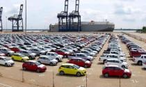 Nhập khẩu ô tô giảm sâu do cách ly toàn xã hội