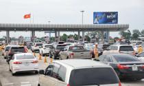 Hơn 800.000 ô tô kinh doanh vận tải sẽ được miễn, giảm phí bảo trì như thế nào?