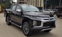 Mitsubishi Triton giảm giá gần 140 triệu đồng để xả kho