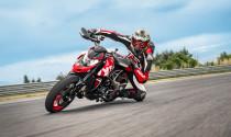 Ducati trình làng Hypermotard RVE, phiên bản thương mại hóa của Hypermotard concept
