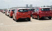 Quyết đấu ô tô 'nội', xe nhập khẩu mẫu mã mới tràn vào Việt Nam