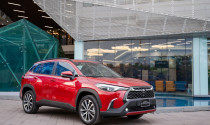 Khách hàng bức xúc việc Corolla Cross kèm lạc, Toyota Việt Nam nói gì?
