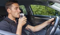 Ôtô có thể phải trang bị dụng cụ đo nồng độ cồn