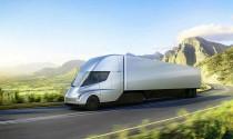 Elon Musk nói Bill Gates chẳng biết gì về xe tải điện