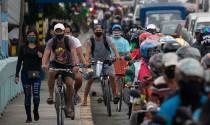 Người dân ở nước có nhiều ca Covid-19 nhất Đông Nam Á đổ xô đi mua xe đạp
