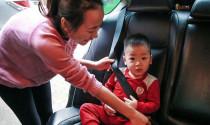 Bộ Công an đề xuất cấm trẻ dưới 12 tuổi ngồi ghế trước ô tô