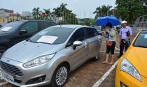 """Lo Việt Nam là \""""ốc đảo\"""" xe cũ và nghịch lý ô tô bình dân có giá \""""trên trời\"""""""