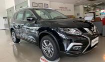 """Nissan X-Trail xả hàng tồn với mức giảm """"khủng"""", giá còn từ 825 triệu đồng"""