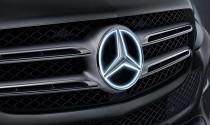 Mercedes triệu hồi xe vì lỗi logo phát sáng