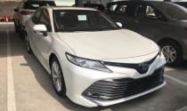 Loạt xe ồ ạt giảm giá tại Việt Nam: Hyundai Grand i10 và Toyota Camry chạy đua cùng VinFast