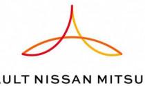 """Rộ thông tin Nissan \""""dứt tình\"""" với Mitsubishi"""