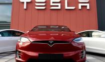 """Thời tới cản không kịp, Tesla nhập hội \""""đại gia\"""" S&P 500"""