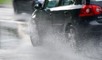 Phương pháp lái xe đúng đắn trong trời mưa