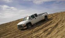 Xử trí ra sao khi ô tô bị cát lún ?