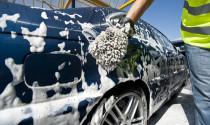 """Rửa xe không đúng cách: """"Sát thủ thầm lặng"""" phá huỷ sơn xe"""