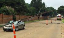 Cách xử lý khi xe ở trong vùng bị nhiễm điện