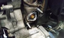 Lắp van hằng nhiệt thì xe gặp hiện tượng chết máy?