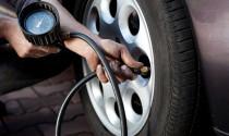 Cách xử lý xe bị nổ lốp khi đang chạy