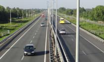 5 lỗi tiền triệu tài xế Việt dễ mắc phải khi lái xe về quê dịp lễ