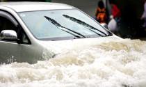 Mùa mưa, đi xe thế nào để không bị thủy kích?