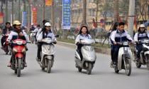 Học sinh 15 tuổi điều khiển xe 50cc đi học bị xử phạt thế nào?