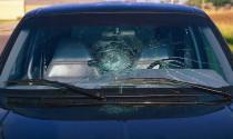 Những điều tay lái cần lưu ý về bảo hiểm kính xe