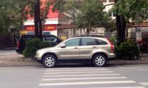 Tài xế có được phép ra khỏi vị trí lái để giúp người nhà xếp/dỡ đồ trên xe?