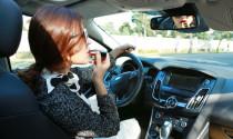 Người Việt quá mất tập trung khi lái xe