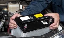 Tự bảo dưỡng ắc quy trên xe ô tô như thế nào?