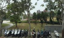 Đỗ xe máy trong công viên, em sẽ bị xử phạt thế nào?
