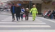 Luật cho người đi bộ trên đường được quy định như thế nào?