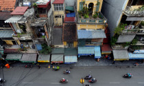 Mái tôn thò ra hành lang an toàn giao thông 2 mét thì bị phạt bao nhiều?