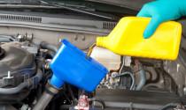 """Dấu hiệu nhận biết """"xế cưng"""" cần được thay mới dầu động cơ"""