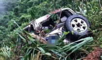 Cách thoát hiểm khi xe rơi xuống vực