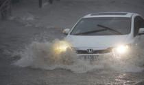 Cách giải quyết nhanh nhất đèn pha bị đọng hơi nước mà tài xế cần biết