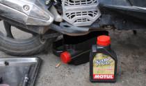 """Xe \""""ăn\"""" nhớt, bệnh thường gặp mà biker rất ít để ý"""