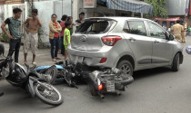 """Tài xế nữ nên cẩn thận với ảo giác ô tô """"đi lùi"""" khi dừng đèn đỏ"""